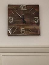Orologio 40x40 acrilico e resina su tela