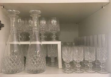 Dividere per grandezze anche i bicchieri di cristallo per avere tutto più a portata di mano