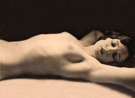Germaine Krull, 1931