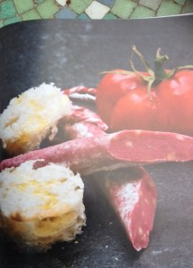 Pan con tomate y fuet1