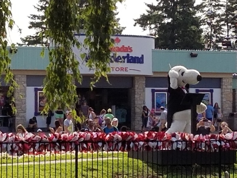 Snoopy conducting the water jets at Canada's Wonderland