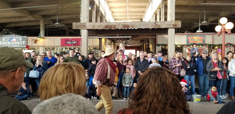 Gun fight performance at Fort Worth Stockyards, Texas