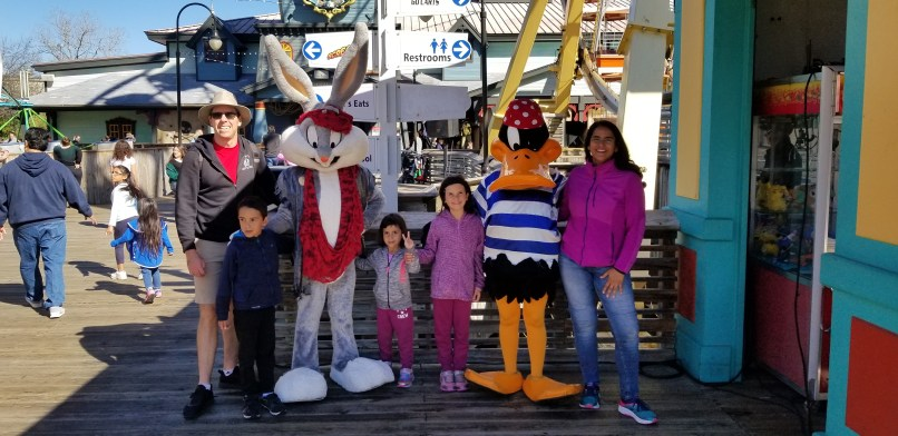 Family with bugs bunny and Daffy Duck