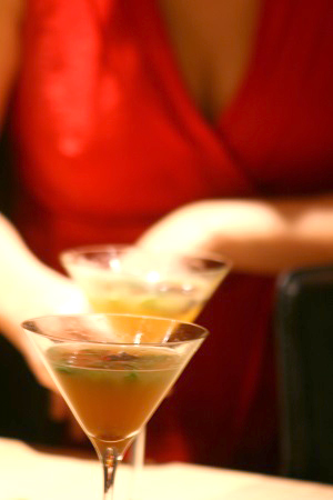 DRINKER OG COCKTAILS: Oppskrift på julecocktail med absint