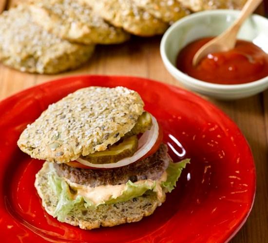 Ingeniørfruens-oppskrift-på-hamburgerbrød-med-lavkarbo-brødmix