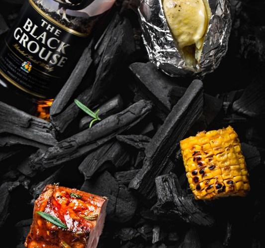 OPPSKRIFT-på-whiskymarinert-svinekam-på-grillen