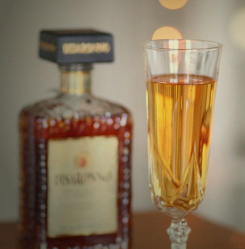 HAPPY-HOUR-Disaronno-sparkling