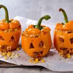 Fylte paprika-«gresskar» med ost