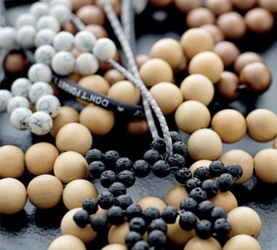 STOFF OG STIL JUL Lag en stjerne av perler ©FOTO: Stoff & Stil