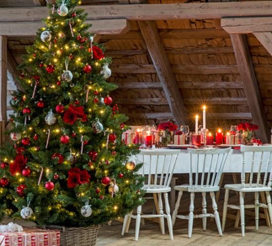 01 INTERIØRTIPS Tradisjonell jul