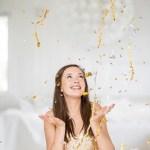 Gull, glitter og konfetti til nyttårsbordet og velkomstdrinken