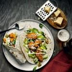 Crispy Chicken Wrap med parmesan, jalapeño og chilimajones