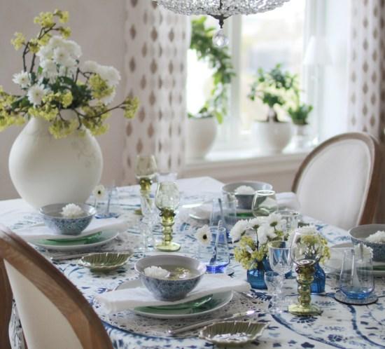 INTERIORTIPS - Borddekking Festbord Blomsterdekorasjoner