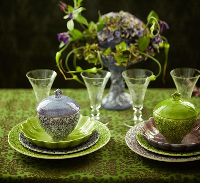 borddekking-i-gront-og-lilla-fra-mateus