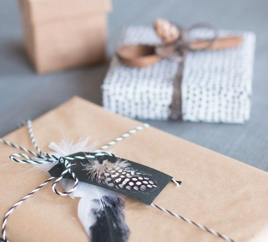 innpakking-av-gaver-til-bursdag-fest-og-jul