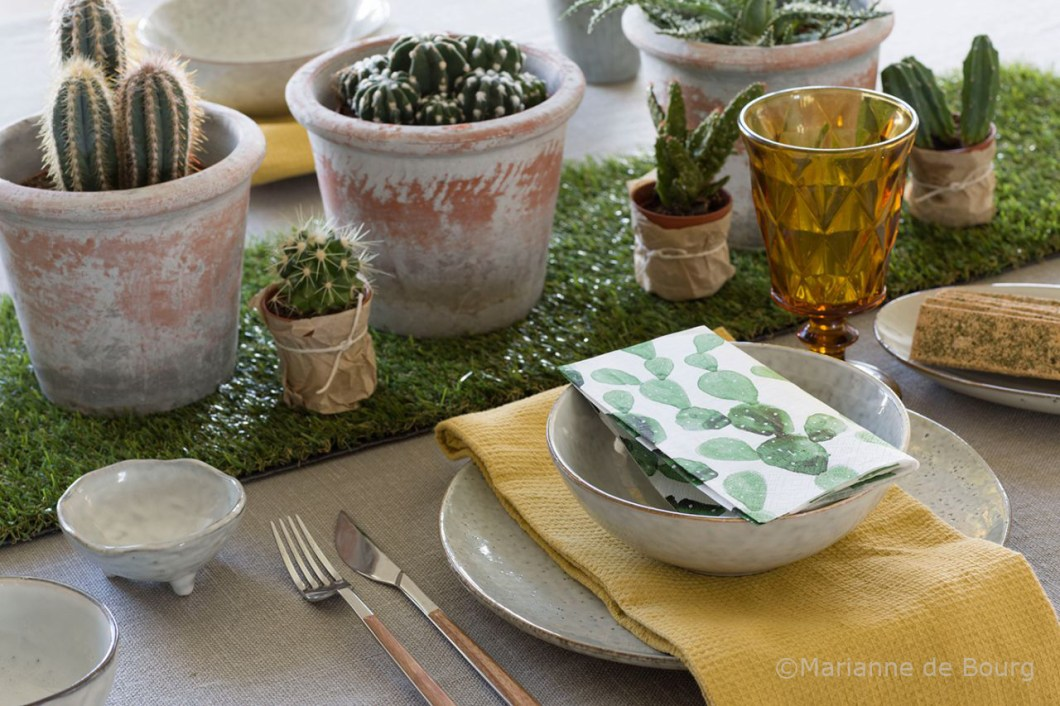 Rustic decor for the table