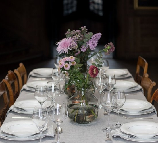 Informal and modern wedding tablescape