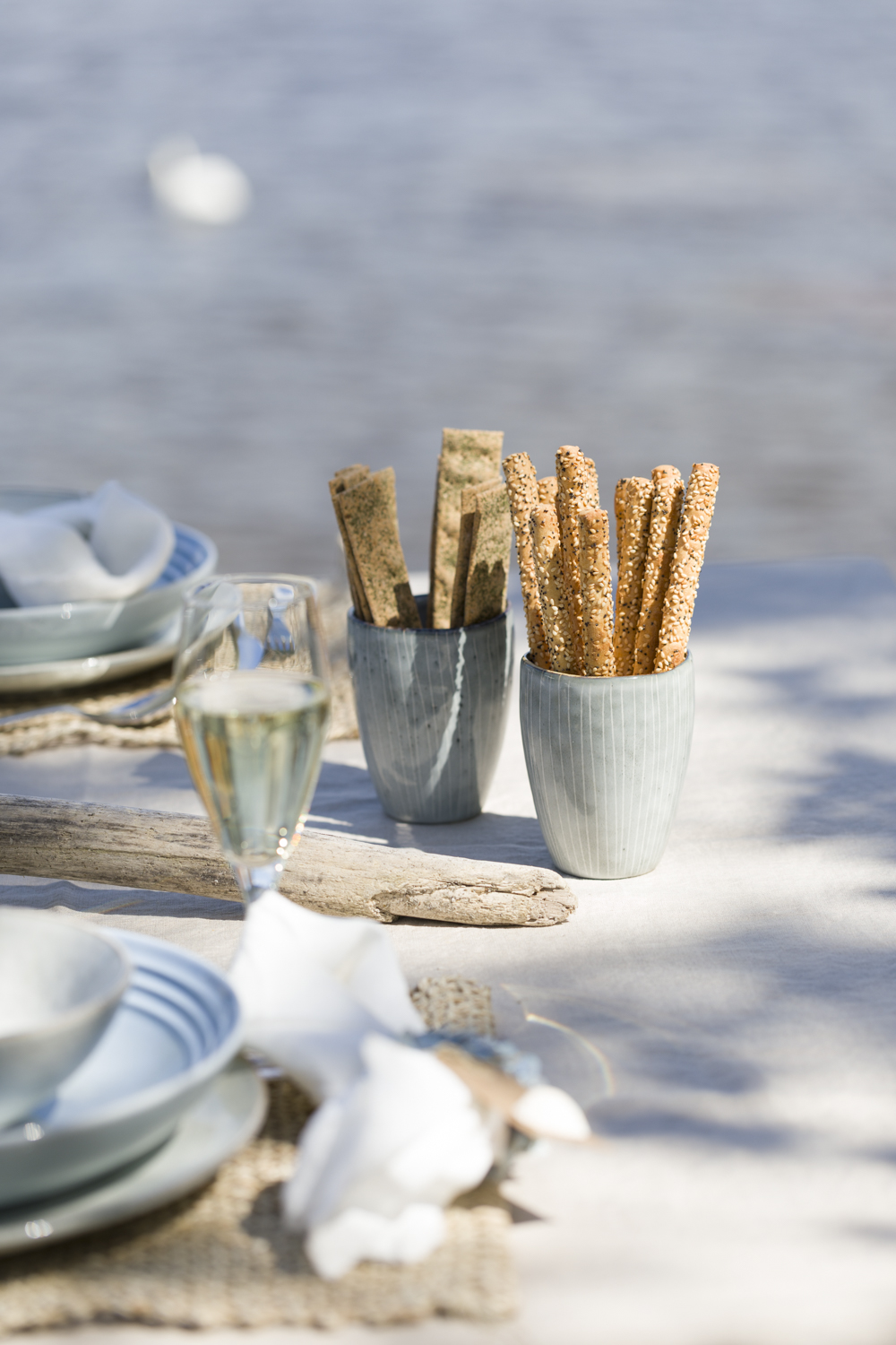 Tips and ideas for beach party table
