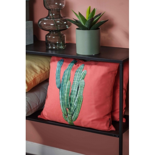 PILLOW WITH CACTUS INTERIOR TREND 2018
