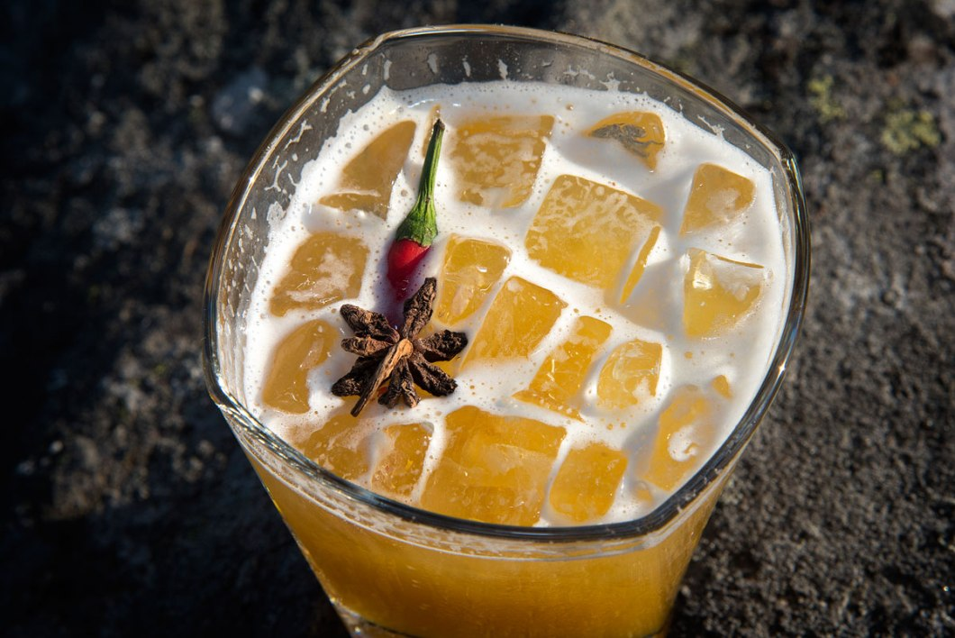 COCKTAIL BLOG - Cocktail recipe: Tropical Sting