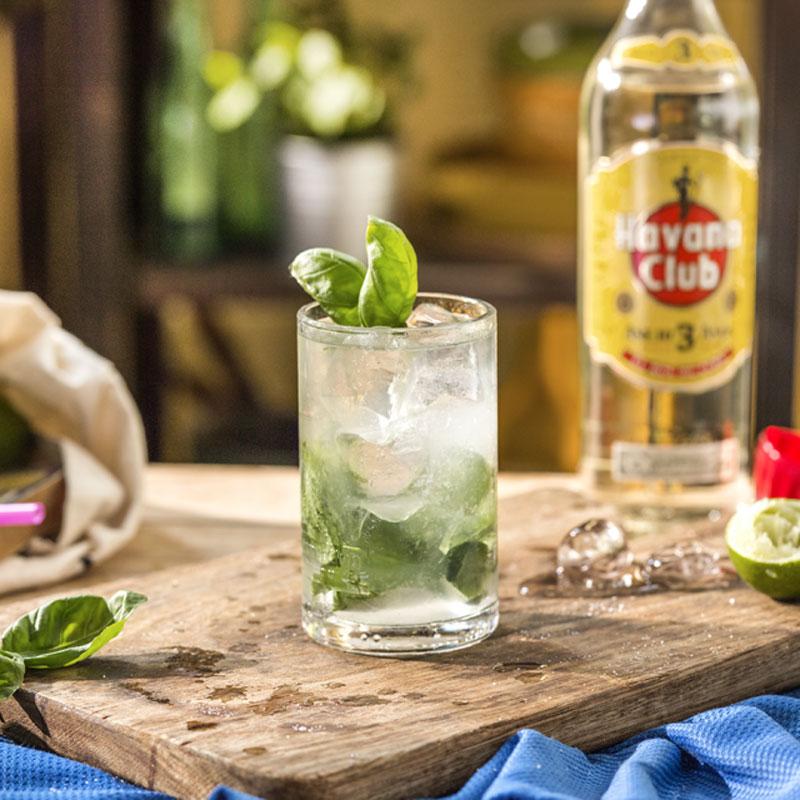 Basilikum Mojito Cocktail Oppskrift