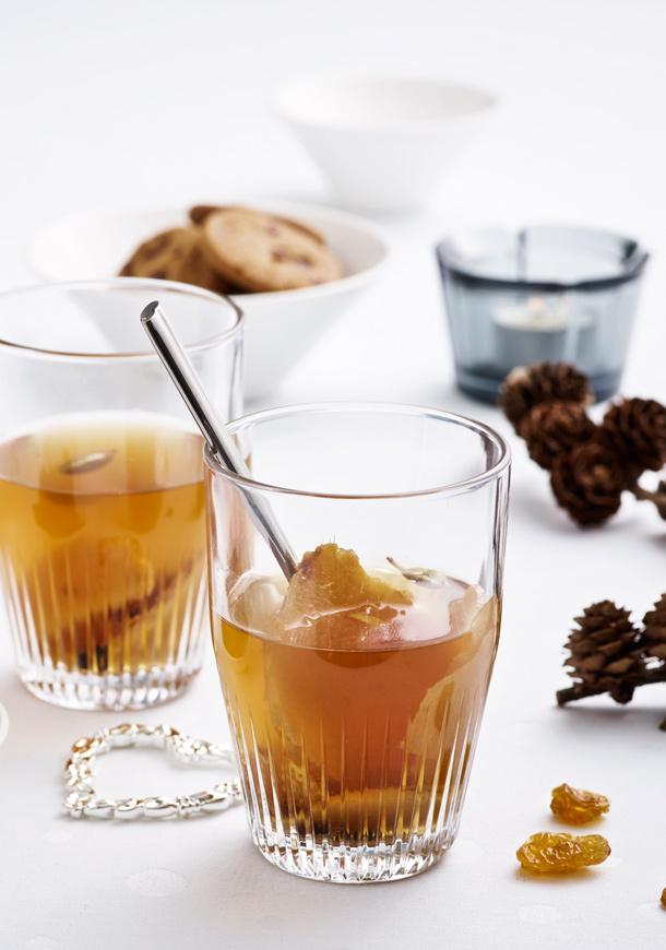 Alkoholfri eplegløgg med eplemost, som også kan lages med alkohol.
