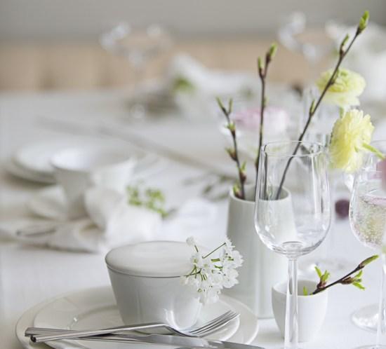 BORDDEKKING - Vårlig festbord