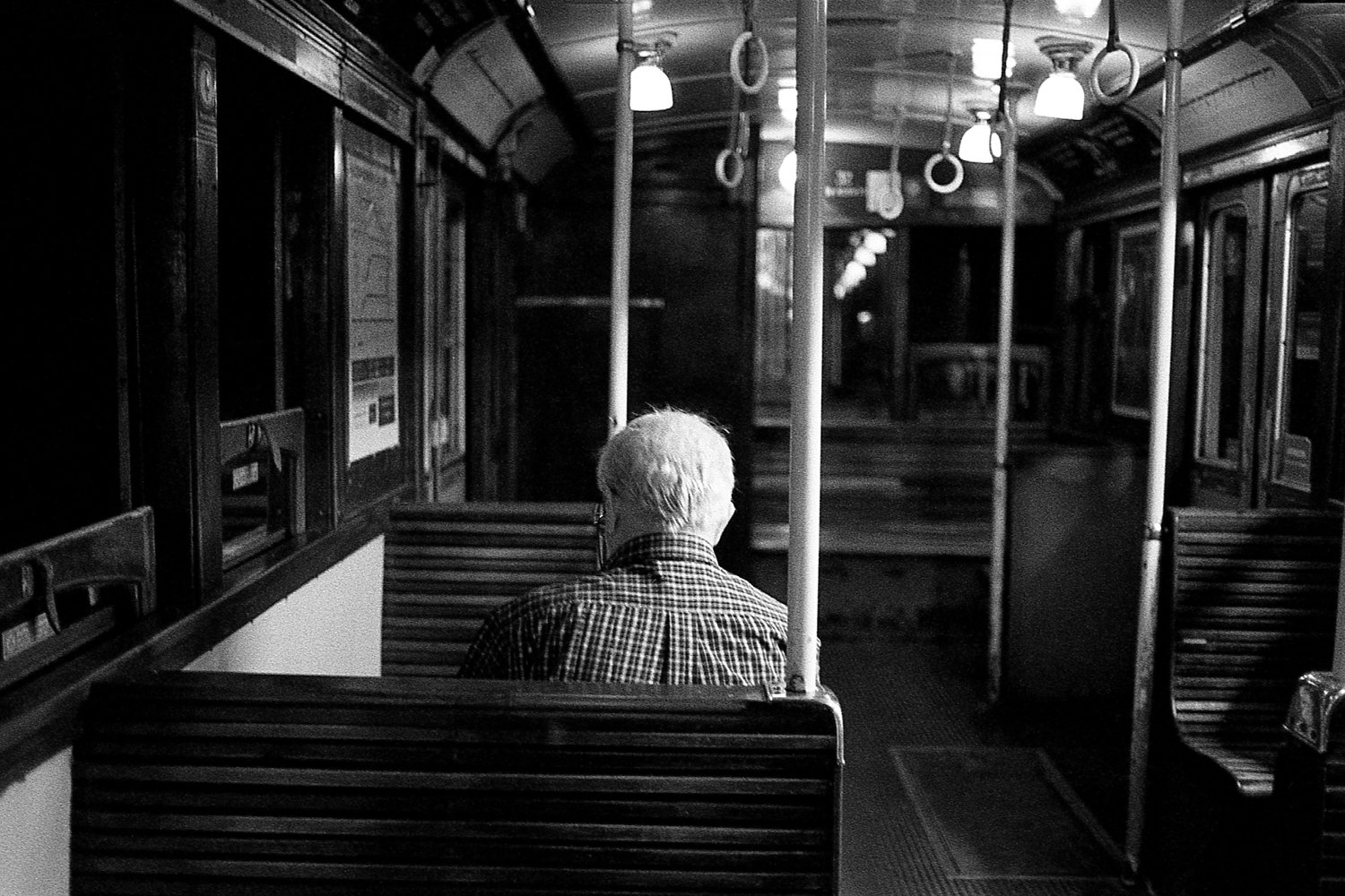 We travel on public transportation with the hope of forget our loneliness.