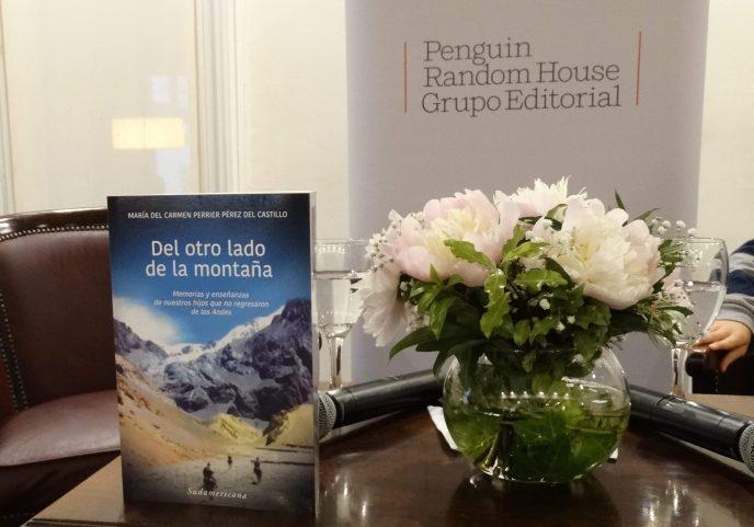 Imágenes de la presentación del libro en Uruguay.