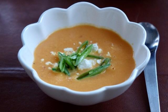Morotssoppa med fetaost