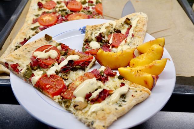 Pizza med fårticka och hamburgerkött
