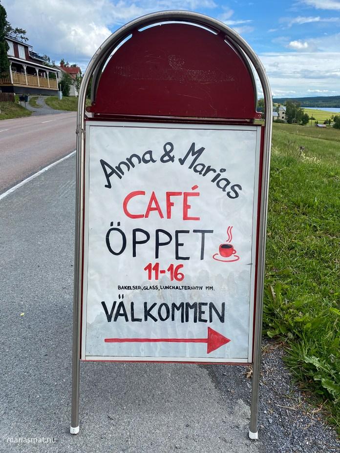 Backgården Café