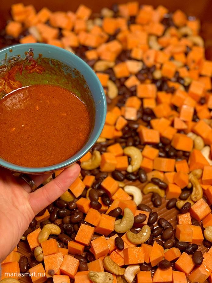 Sötpotatistacos med svarta bönor