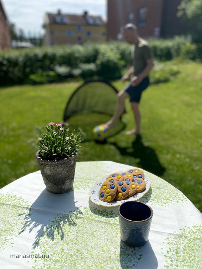 Sverigecookies med blå/gula Non Stop