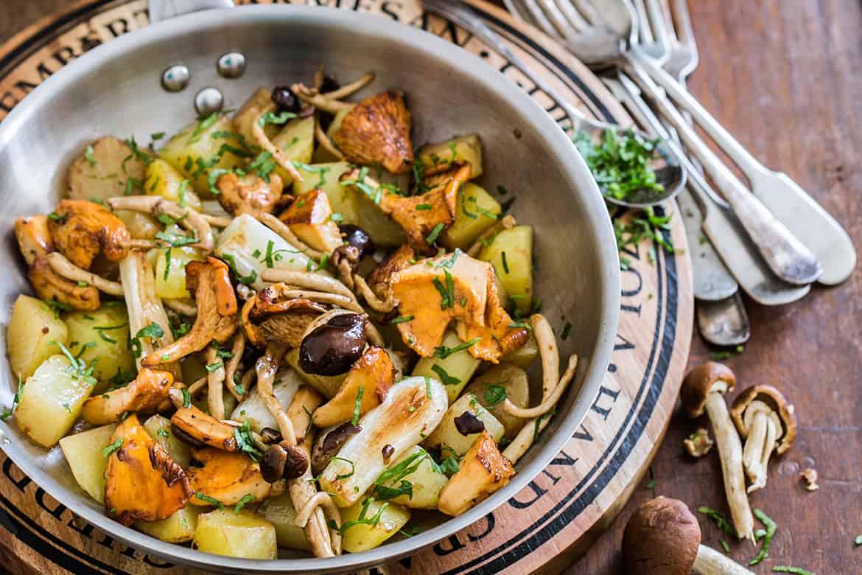Patatas y hongos