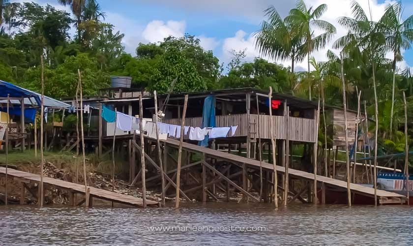 Guyane, carbet amérindien sur l'Oyapock © Marie-Ange Ostré