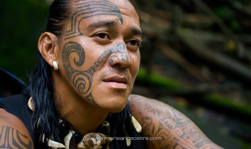 Tatouages des Marquises, île de Nuku Hiva © Marie-Ange Ostré