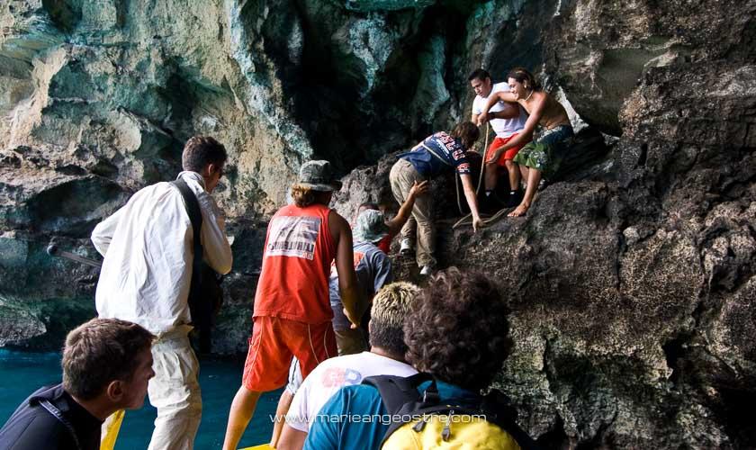 Grotte d'Ua Huka, aux Marquises © Marie-Ange Ostré