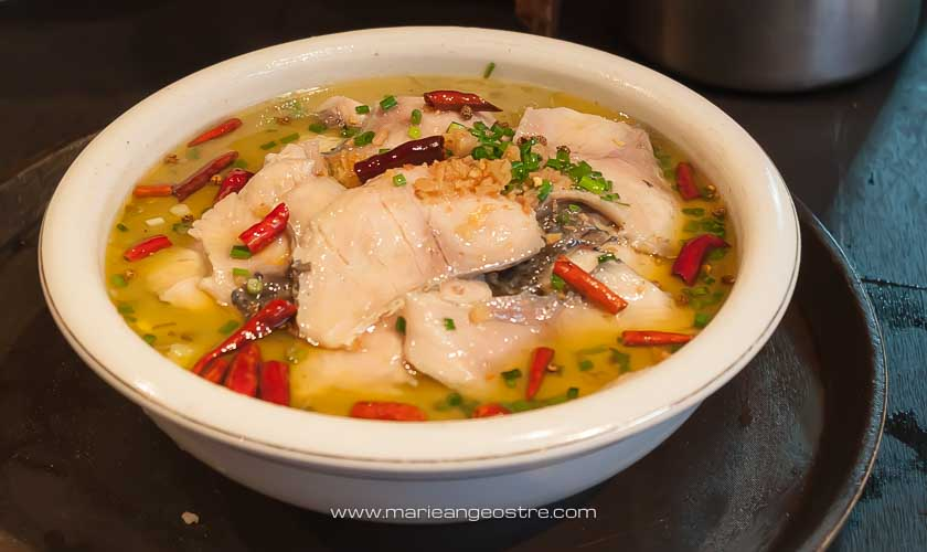 Chine, soupe chinoise vendue dans la vieille ville de Lijiang, Yunnan © Marie-Ange Ostré