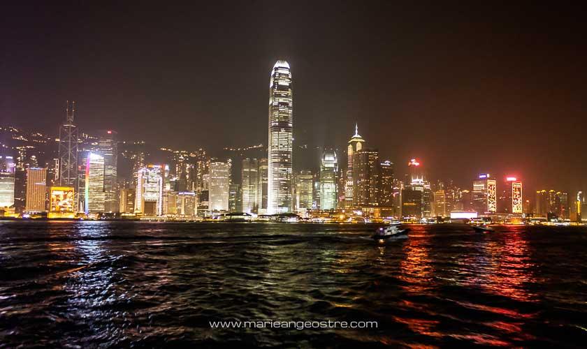 Baie de Hong Kong, de nuit © Marie-Ange Ostre