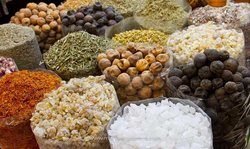 Dubai, épices au souk © Marie-Ange Ostré