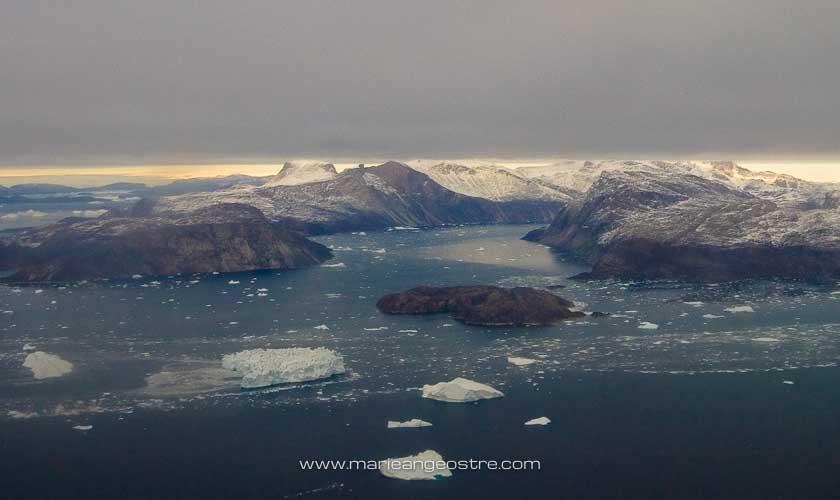Groenland, survol aérien vers Upernavik © Marie-Ange Ostré