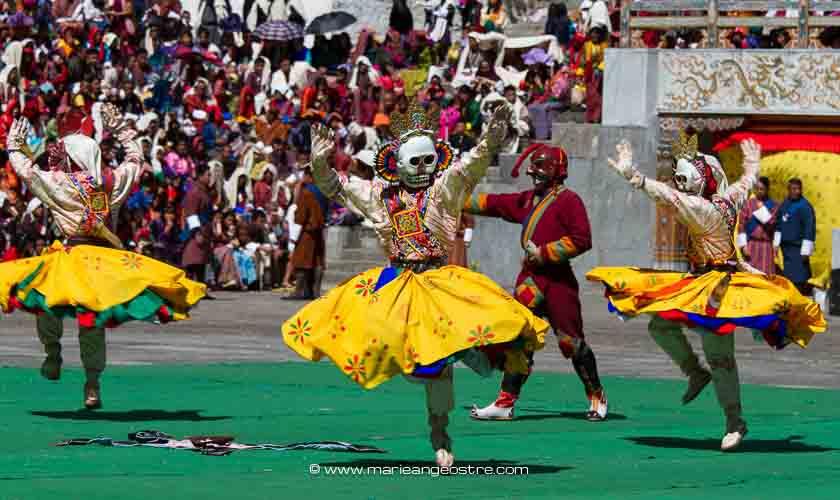 Danseurs bhoutanais, festival de Thimphu ©Marie-Ange Ostré