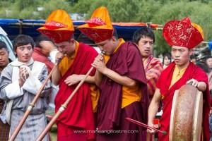 Bhutan, musicians in Fire Festival (Bhoutan, musiciens au Festival du Feu) © Marie-Ange Ostré