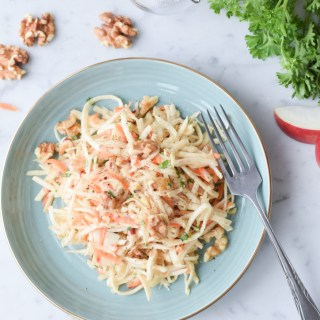 Salade croquante de céleri-rave aux pommes