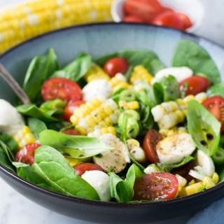 Salade de maïs, tomates et bocconcini