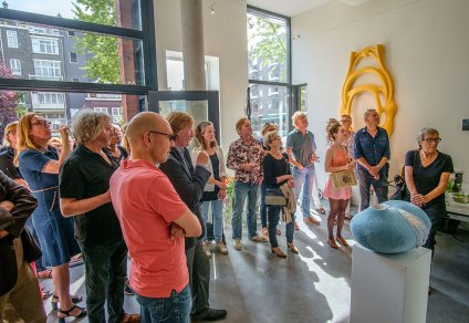 bezoekers expositie