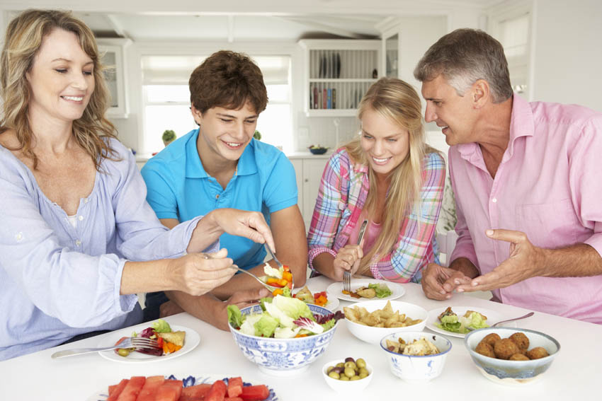 make time for family dinners with simplify supper