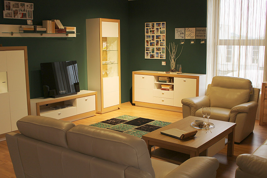 a decluttered room is a comfortable room