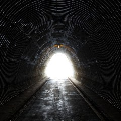 lumière au bout du tunel